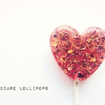 100 Edible Flower Lollipops // Rose and Honey // Heart Shape Lollipops // Fall  Wedding Favors  // Custom Labels Included