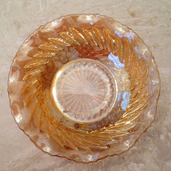 Anchor Hocking #E5069 Marigold Carnival Glass Scalloped Swirl Bowl/Dish Diamond Pattern
