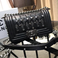 Chanel leather chain bag heart-shaped pattern pendant 2018 spring and summer new handbags