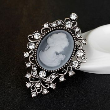 Crystal Beauty Queen Rhinestone Brooches Vintage Cameo Brooch Pin Antique Gold Silver Color Brooches Women Fashion Jewelry