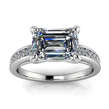 Emerald Cut Engagement Ring Diamond Setting - Esme