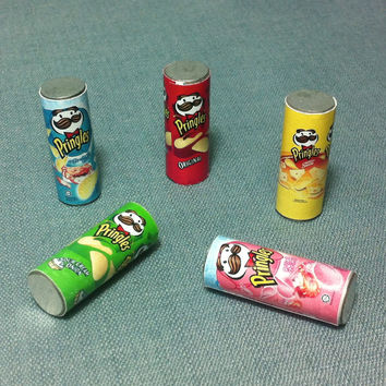 5 Chips Pringles Boxes Packs Packets Potato Miniature Snacks Food Cute Tiny Small Metal Box Pack Packet Dollhouse Jewelry Beads Supplies