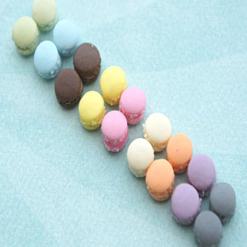 french macaron stud earrings (0.4 cm)