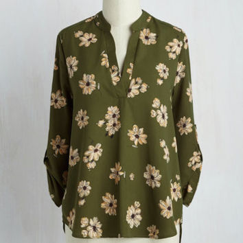Office Politic Top in Olive Floral | Mod Retro Vintage Short Sleeve Shirts | ModCloth.com