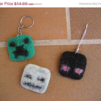 SALE Felted set of Minecraft accessories gadget - Creeper key chain, Enderman phone charm and Skeleton pin. 3 in 1