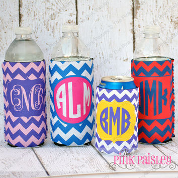Personalized Monogrammed Chevron Print Koozie Water bottle or Can