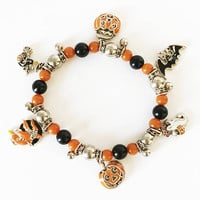 Halloween Beaded Charm Bracelet, Fall Theme One Size Fits Most Jewelry, Orange and Black Witches Pumpkins and Ghost Dangles