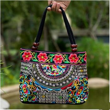 Paisley Flower Pattern Women's Shoulder Bags - Embroidered  Beach Purse Canvas Handbags Totes