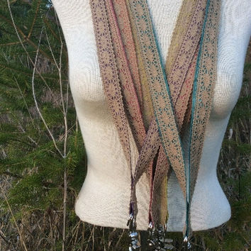 natural lace lanyard