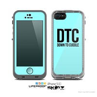 The Turquoise & Black Down to Cuddle Skin for the Apple iPhone 5c LifeProof Case
