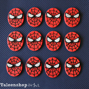 Spiderman cupcake toppers / super hero