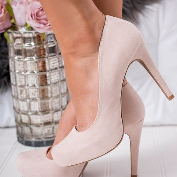 Risky Affairs Suede Pumps (Nude)