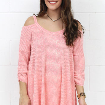 Spring Lovin' Ribbed Cold Shoulder {Coral} EXTENDED SIZES - Size XL