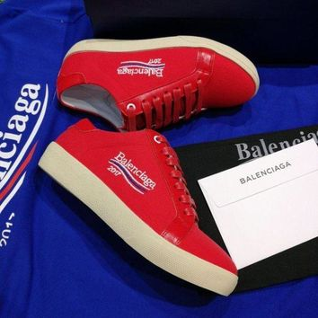 ONETOW Best Online Sale 2017 New BaLenciaga Flat Shoes Embroidered Linen Shoes - Red