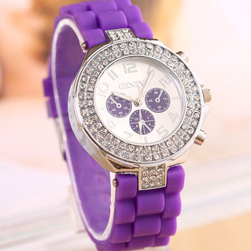 Stylish Fashion Designer Watch ON SALE = 4121320388