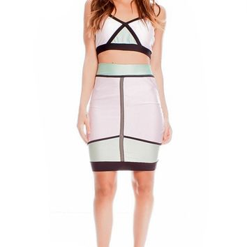 MINT WHITE PADDED CHEST SLEEVELESS TWO PIECE CASUAL DRESS