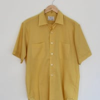 Vintage Men's Shirt / Mustard Yellow / Arrow / 1960s 60s Mid-century / Size 16