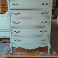 Vintage French Provincial Highboy / Chest of Drawers by Broyhill