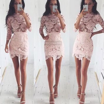 The new large flower lace sleeve skirt suit