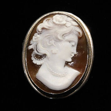 Cameo Brooch Sardonyx Hand Carved Cameo Brooch Pendant Roses Flowers in Hair Double Strand Pearl Necklace Wedding Bride Bridal Jewelry