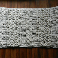 Cable knit crochet rug, area rug,doily rug, floor mat, woven rectangle rug, nursery rug, doormat cable textured carpet, ecru off white cream