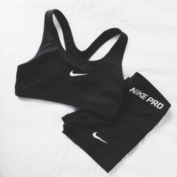 Nike Pro Classic Sports Bra Workout Gear Shorts Set Two-Piece