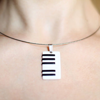 Piano necklace, String necklace, Music jewelry, Keyboard jewelry, Musical pendant Music necklace Musical instrument necklace Black and white
