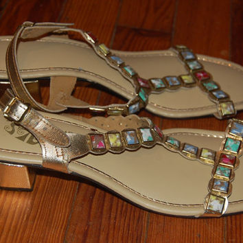 Vintage 60s 70s Signals by Beacon Womens Size 9.5 Narrow Gold Lame & Stones Endora Sandals Shoes