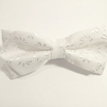 White Bow Tie with White Pattern, Wedding Bow Tie, Mens Bow Tie, Diamond Point Bow Tie