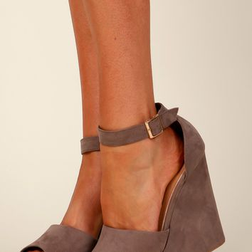 Wedge Won't Stop Taupe