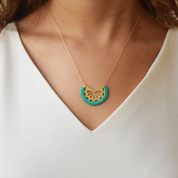 Mixed media necklace, dainty necklace, emerald necklace, minimalist necklace, crochet necklace, gold and green necklace, crescent necklace