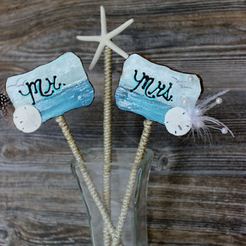 Rustic Beach Wedding Cake Topper -  Hand Painted Mr & Mrs sign With Starfish 3 Piece Set , Reception Decor