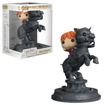 [PREORDER] Harry Potter: Movie Moment Ron riding Chess Piece