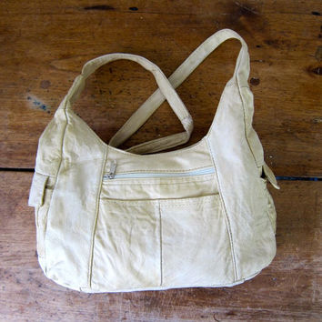 Off White Leather Boho Bag Worn In Supple 80s Shoulder Purse Patchwork Hobo Bag Slouchy Cream Leather Slouchy Bohemian Minimal Purse