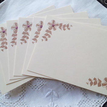 Wedding Event and Party Place Cards Food Buffet Label Tags Ivory Burgundy Glitter Set of 10