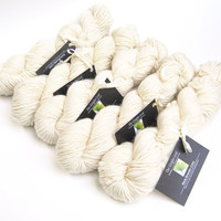 850 yards worsted weight merino wool yarn - 1 pound, 1.8 ounces/ 509 grams
