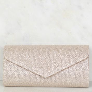 Detailed Clutch Pale Gold