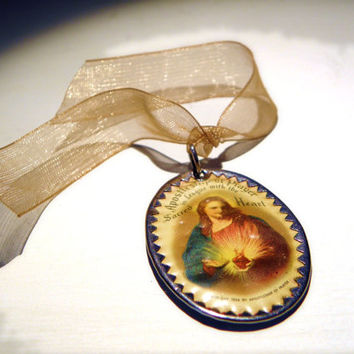 Antique Sacred Heart Scapular With Celluloid Cover