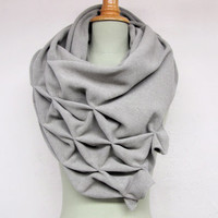 geometric wool shawl - superwarm sculptural wrap - triangular 100% wool scarf, light grey