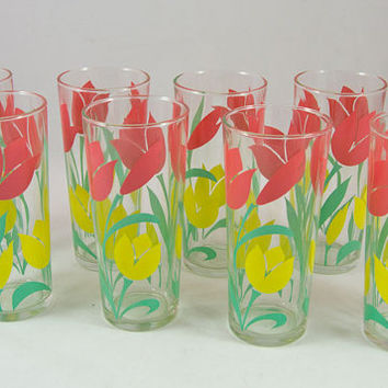 Vintage Set of 8 Pristine Tulip Iced Tea / Drinking Glasses - Pink, Yellow, Green - Sweet