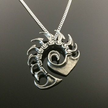 Starcraft Zerg Medallion Blizzard Gaming Jewelry Geeky Gift Nerdy gift for him Zerg Necklace Sci Fi gift Fantasy