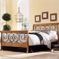 Queen Size Metal & Wood Sleigh Bed in Autumn Brown Honey Oak Finish