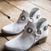 Austin Leather Western Bootie, White | Chinese Laundry