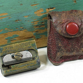 1930s Koh-i-Noor Pencil Sharpener With Leather Case . Made in Germany . Koh-i-Noor Pencil Company Tutior Juwel Patent . Vintage Art Supply