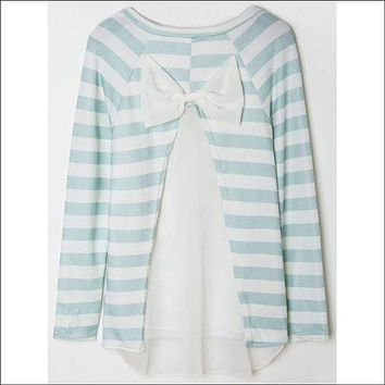Stylish Scoop Collar Long Sleeve Striped Spliced Women's Knitwear - White And Green M