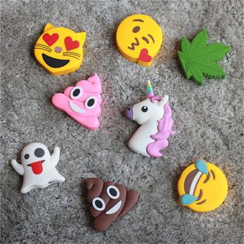 2000mAh Emoji Cartoon Power Bank Charging For iphone X Portable Soft Cute Funny External USB Battery Charger For Samsung NOTE 8