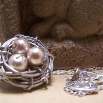 Handmade Birds Nest Necklace in silver with by EmilinaBallerina