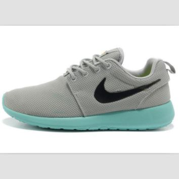 NIKE fashion network sports shoes casual shoes Light gray blue
