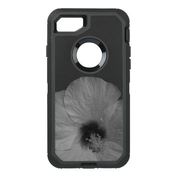 Hawaiian Dreams in Black and White OtterBox Defender iPhone 7 Case