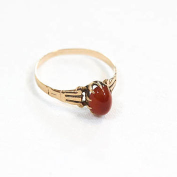 Victorian Rose Gold Gemstone Ring, Antique 14K Gold Promise Ring, Oval Carnelian in Engraved Claw Setting, August Birthstone,1800s, Size 6